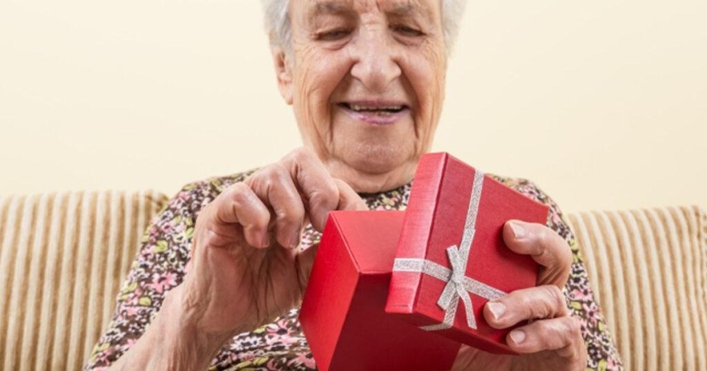 presentes que os idosos adoram ganhar
